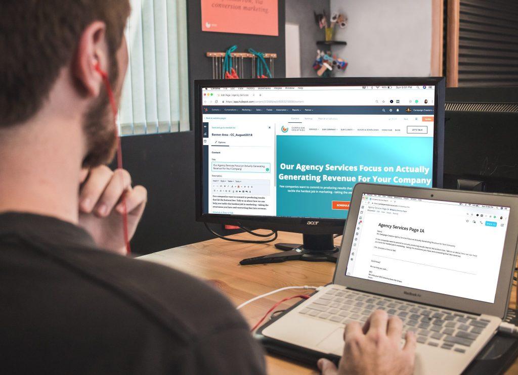 Reklamowanie na stronie a VAT