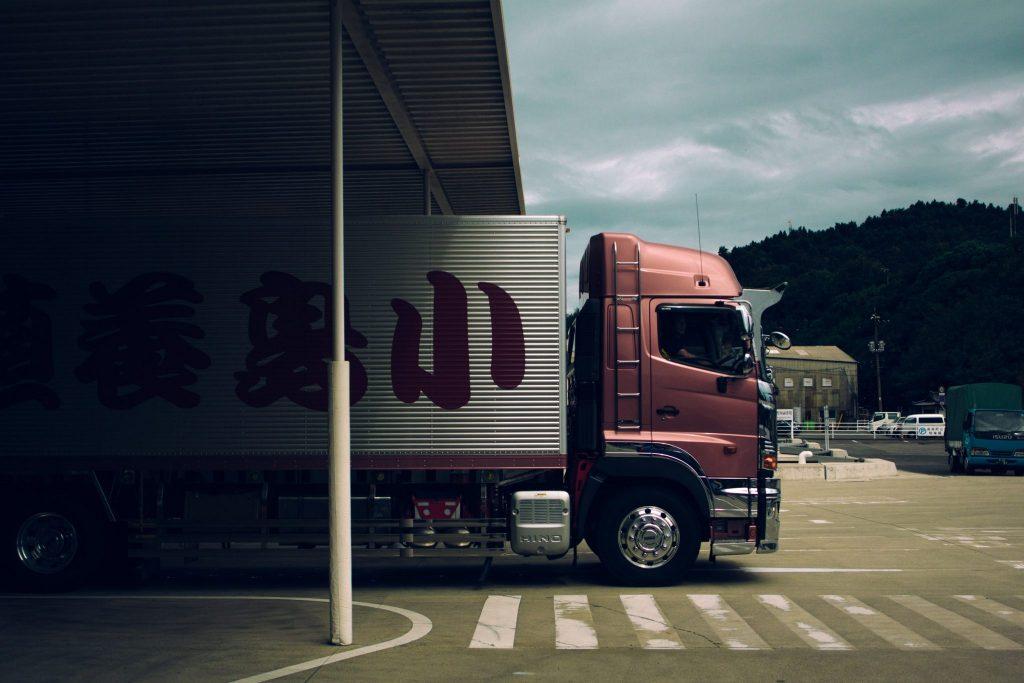 Mechanizm odwrotnego obciążenia - podatek - transport na budowie