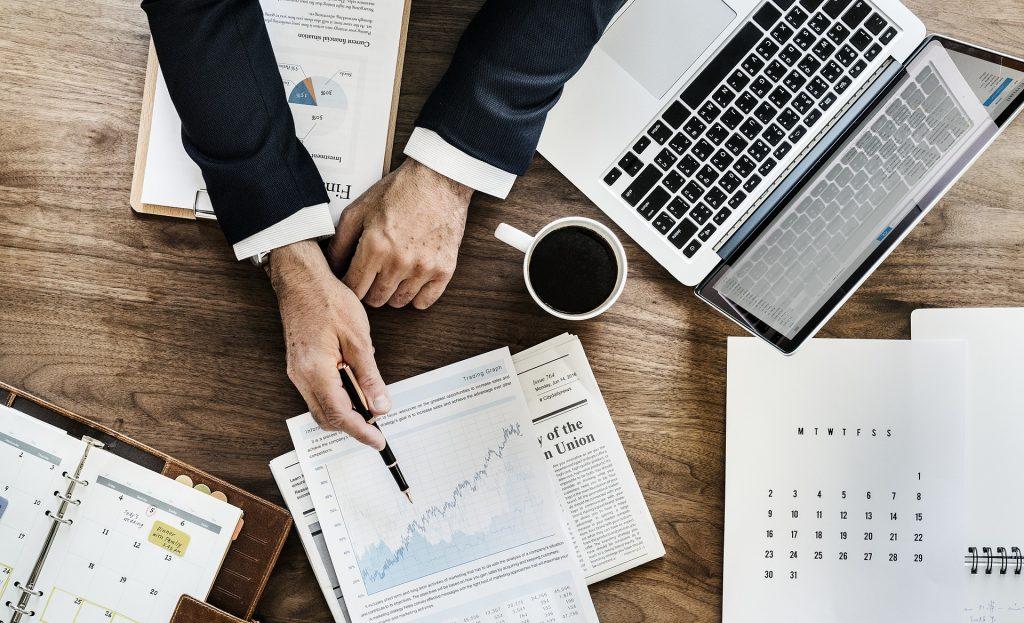 Wniesienia do spółki przedsiębiorstwa, w ramach którego prowadzony jest skład podatkowy
