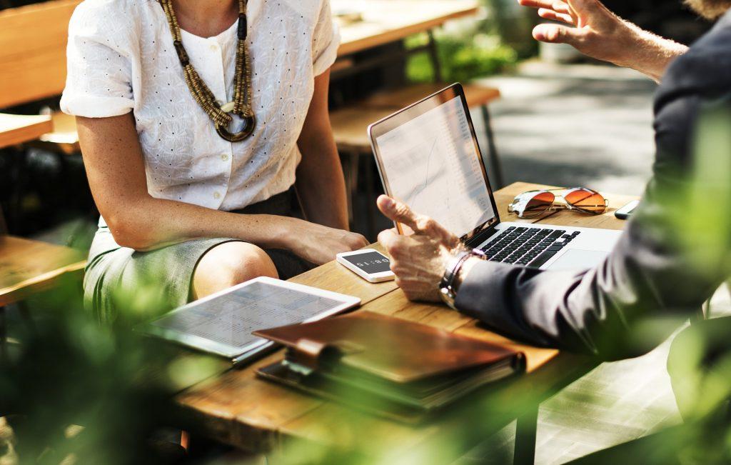 usługi zarządzania klientami a podatek
