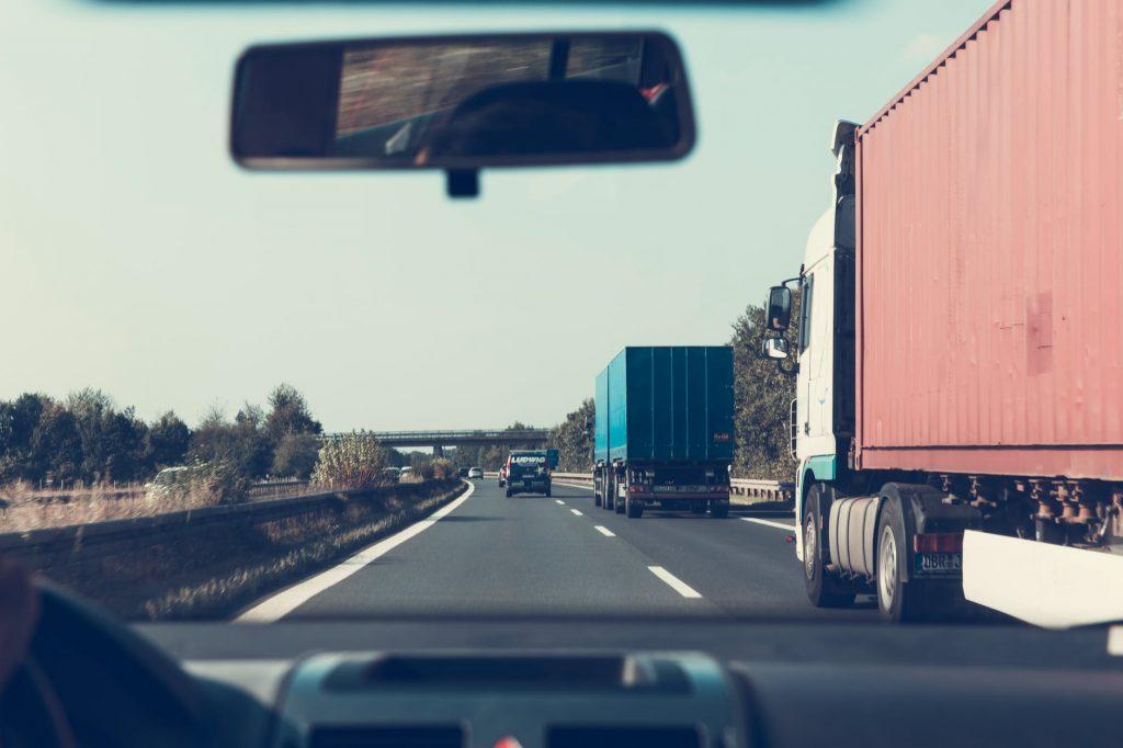 Opłata za przejazd autostradą, czy można zaliczyć do poniesionych kosztów