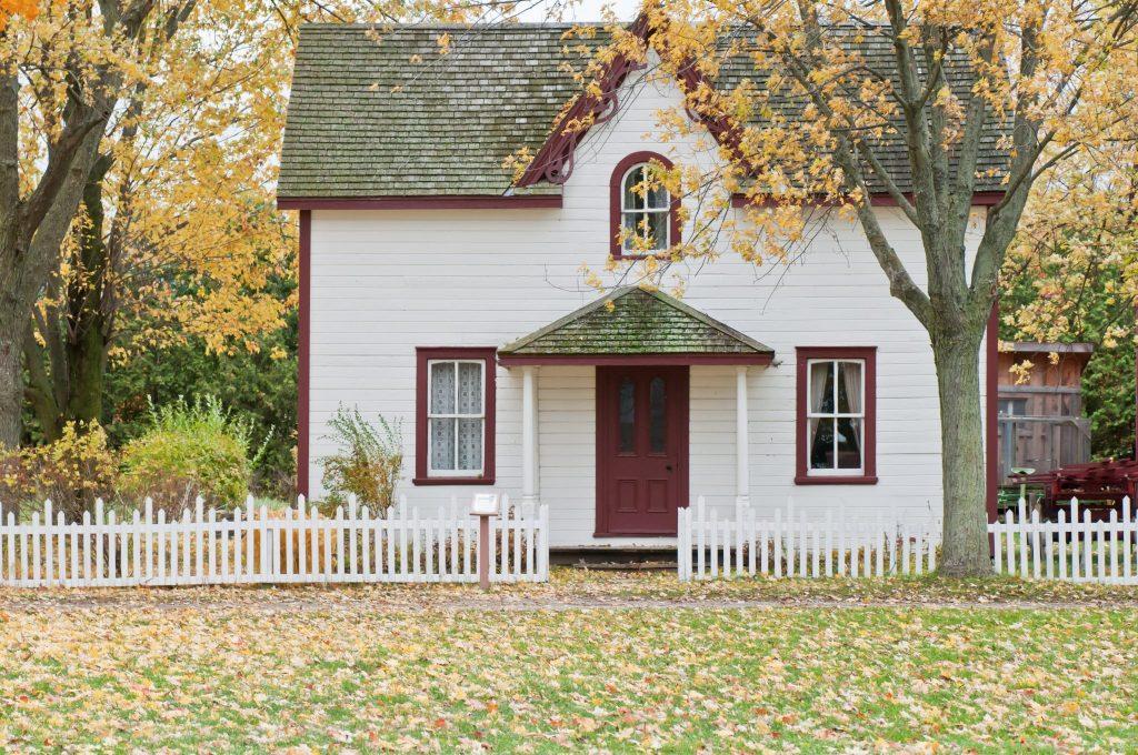 Sprzedaż nieruchomości i jej wycena a VAT