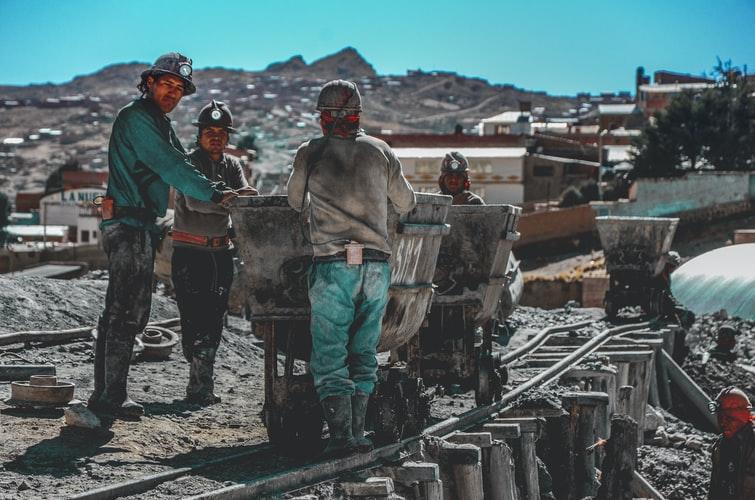 górnicy-szkody-ruch-vat