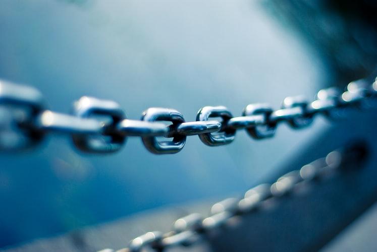 VAT - jak rozliczyć transakcje łańcuchowe?